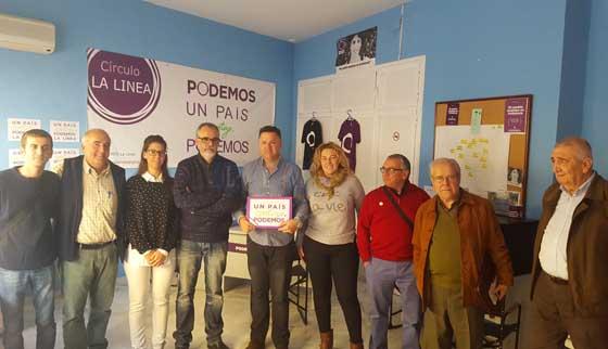 Juan Antonio Delgado visita la sede de Podemos La Línea